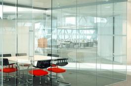 Mẹo lựa chọn vách ngăn văn phòng bằng kính chất lượng