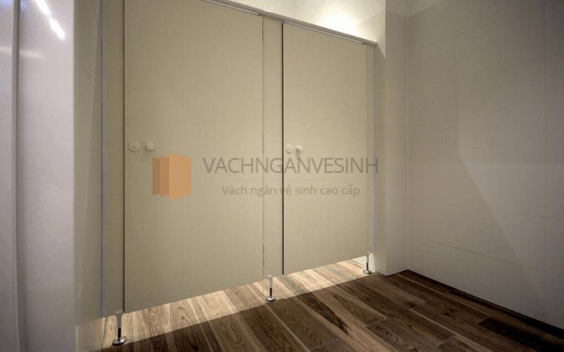 dac-diem-vach-ngan-composite